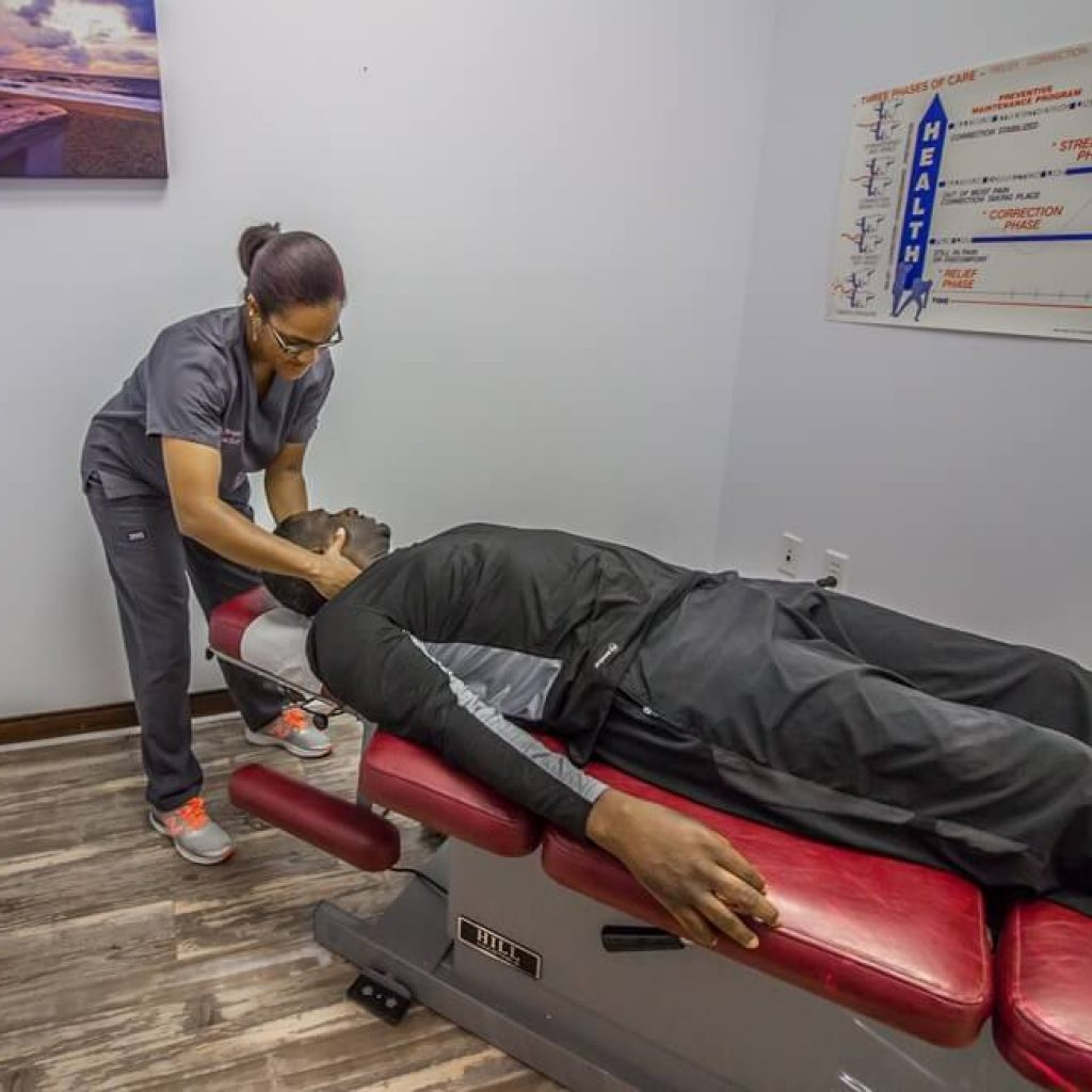 chiropractic-adjustment-prohealth-lawrenceville
